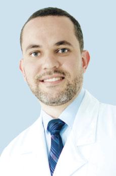 THIAGO BASSI Médico Oftalmologista